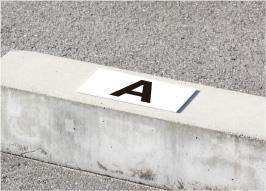 駐車場 アルファベット